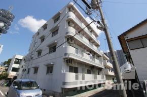中常三島町 マンション 1K 203外観写真